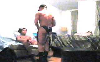 muscle leather daddy gets dong serviced