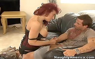 red headed momma nikki sinn stuffs her juicy