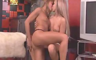 anal lesbian babes willia and cristal