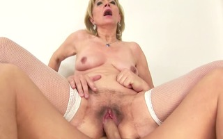 older shaggy slit creampie hd