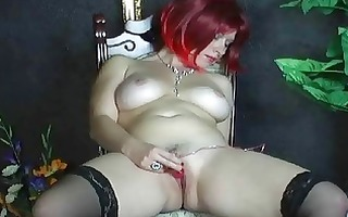 breasty dilettante wife toying her bald twat at