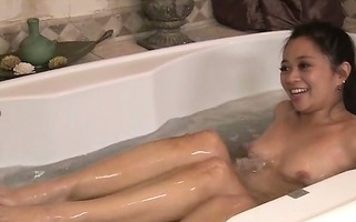 massage oriental in bathtub tugging