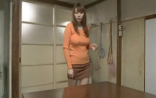 young wife can not live out of the father-in-law