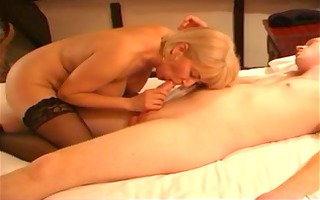 mother id like to fuck copulates her young lover