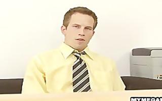 lascivious twink stud sucks pecker for a job