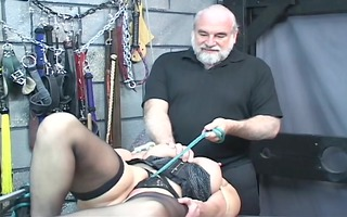obese s&m slut receives nipples pinched then