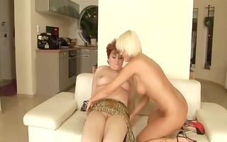 old & young lesbo sex