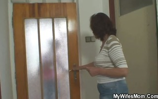 she receives eager when finds him fucking her mama