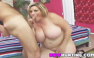 golden-haired big beautiful woman recent to porn
