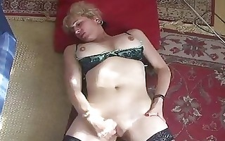 aged d like to fuck finger copulates her twat