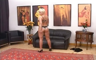 blondie mature having love tunnel fisted hard
