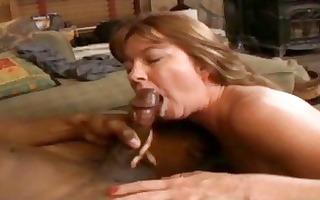 dark brown d like to fuck with hawt curves sucks