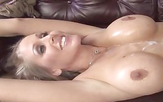 breasty blond d like to fuck julia ann on a hung