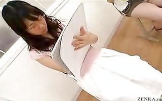 japanese stripped art class has live demonstration