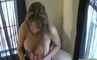 milf masturbated until she is squirts and licks