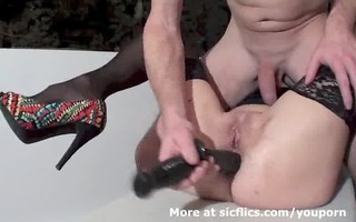 fisting the wifes holes untill she is urinates