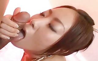 japanese sweetheart gives a brilliant blow job
