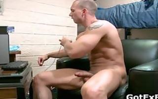 muscled str lad jerking his huge part2