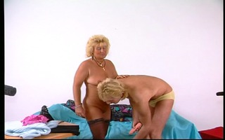 mature pair have a fun fucking on camera