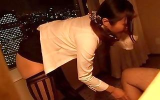 japanese stewardess engulfing large knob in the