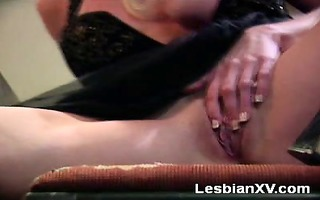 kiss is a busty, older lesbo that is t live