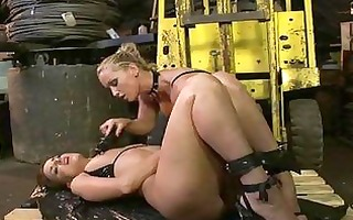 perverted dark brown lezzie receives dominated by