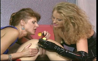 those leathery lesbians indeed love the cock.