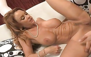 desirable brunette d like to fuck with big