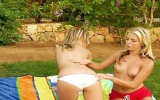 lesbian babes have a fun a picnic