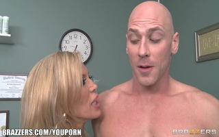 divorced doctor gives her well hung patient a