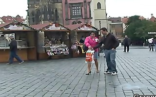 old tourist getting picked up and drilled