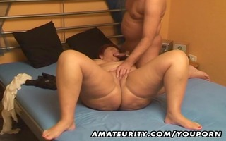 bulky amateur wife sucks and bonks with cum in