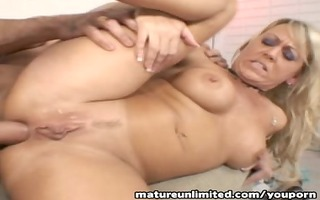 blondie mother i t live without to fuck...