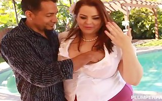 hot big beautiful woman banker drilled by giant