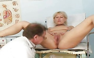 older romana gynochair cum-hole speculum