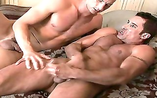 muscled homo hunk with foot fetish sucks toe to