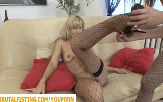 she is opens her arsehole for her brunette hair