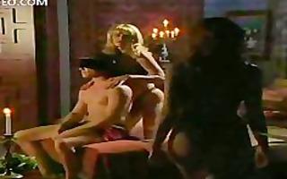 pornstar babes chloe nicole and julia kruis