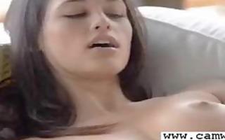 cam hotty masturbate and squirt