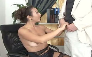 sexy dilettante mommy