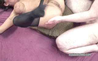 aged wench leeanna heart takes trio penis in her